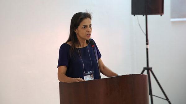 Dra. Gláucia Dias em debate sobre documento formal para o Ministério da Agricultura, Pecuária e Abastecimento.